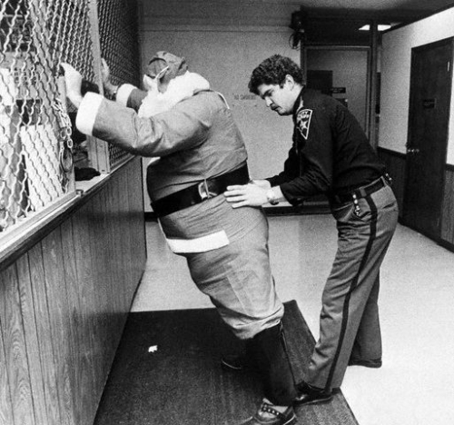 Santa Claus Gets Arrested In Akron