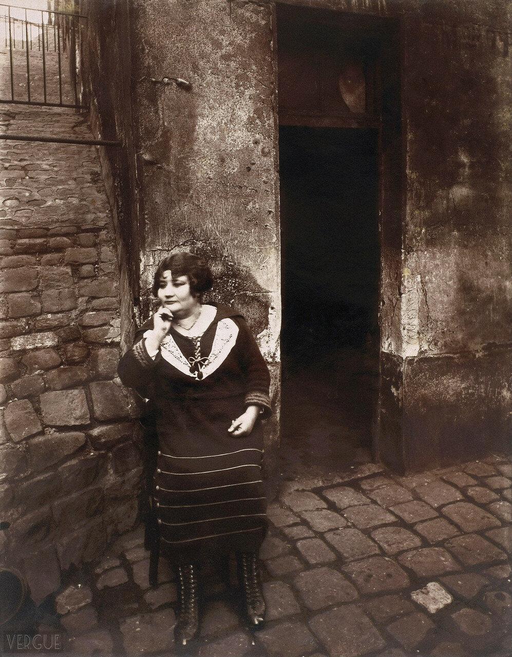 1921. Проститутка с улицы рю Асселин