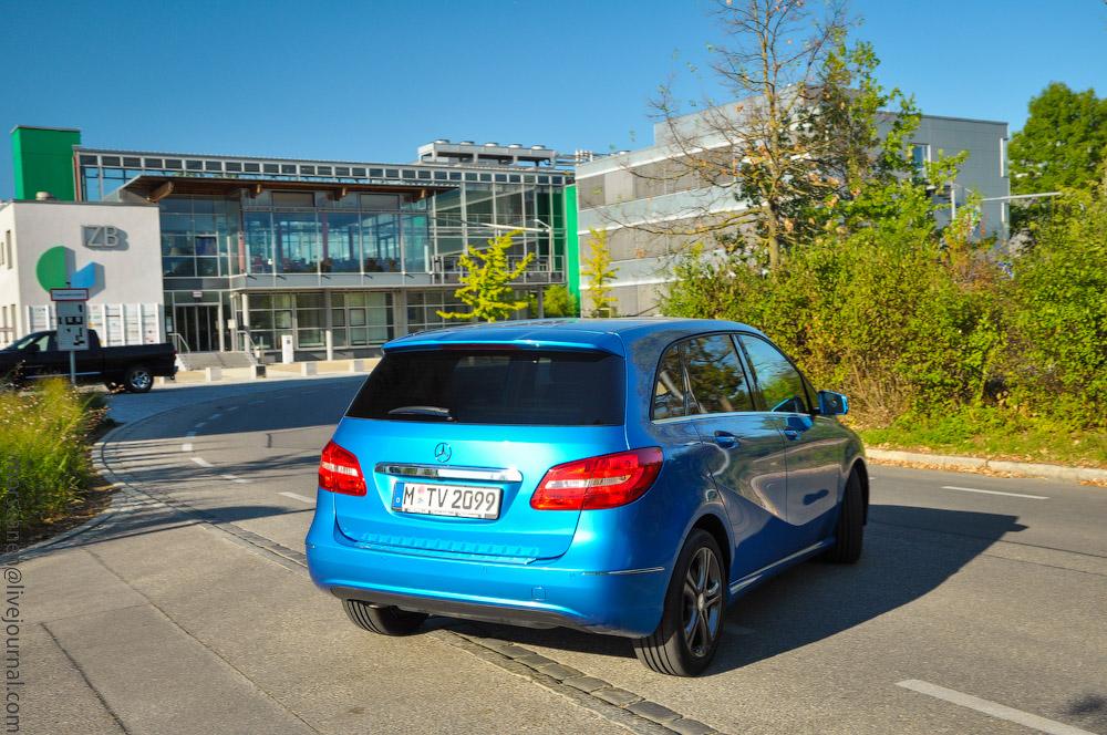Mercedes-(14).jpg