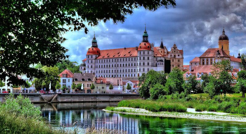 Neuburg Castle.jpg