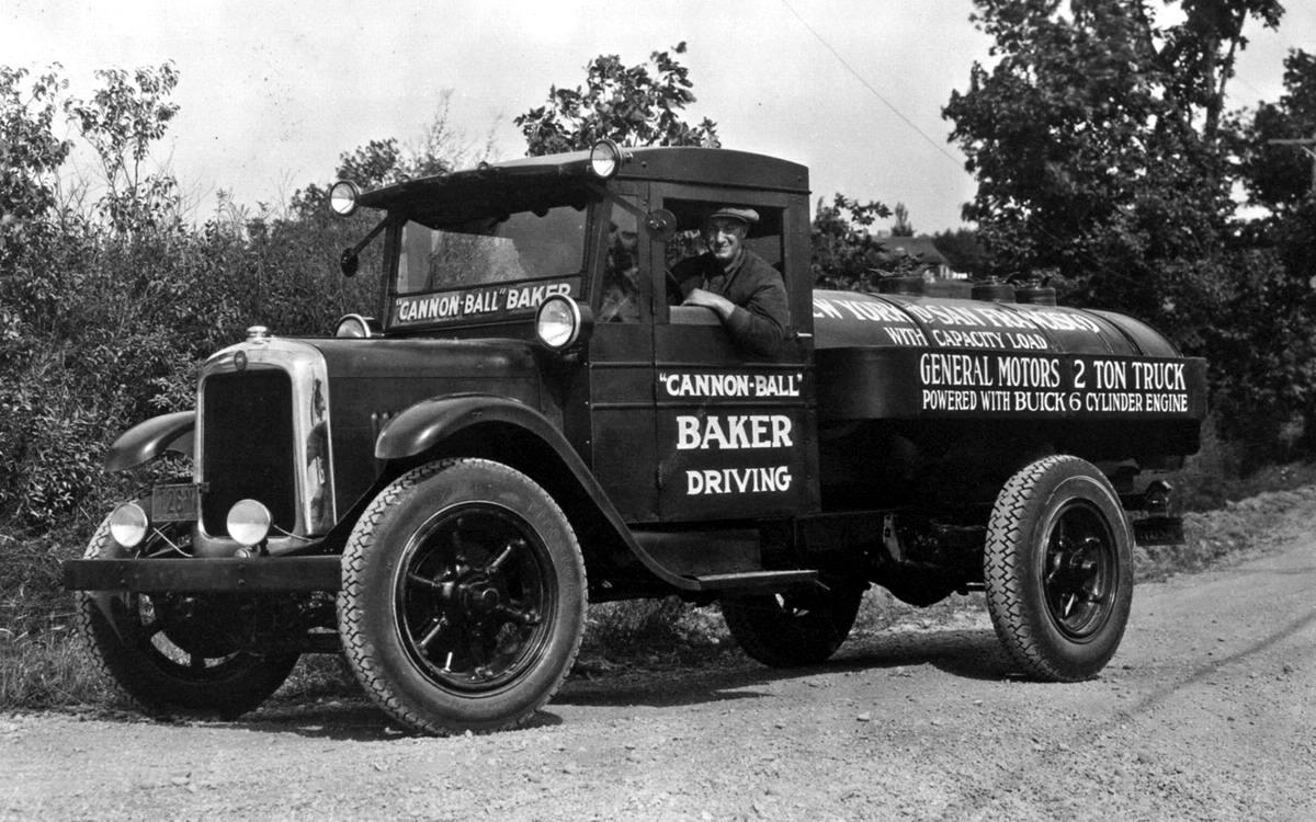 Специализированные транспортные средства начала 20-го века на снимках американских фотографов (56)