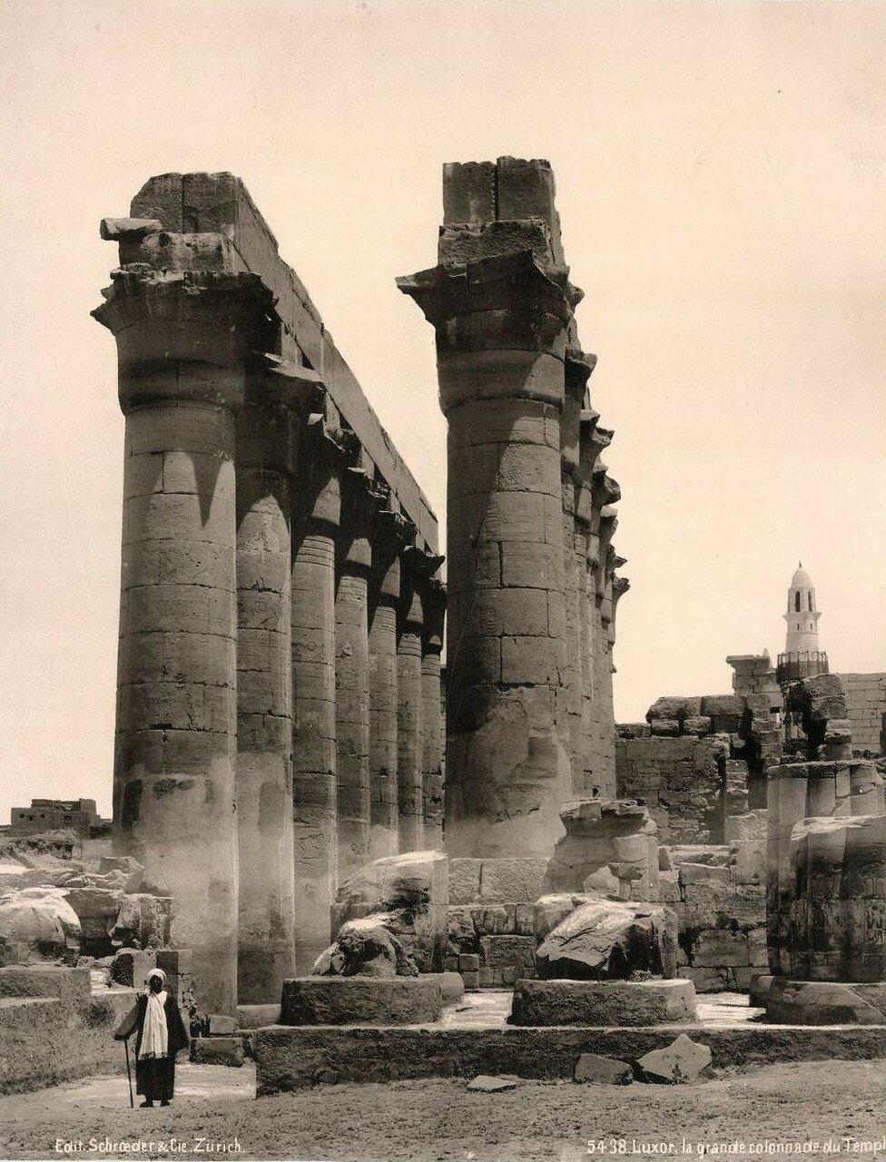 Луксорский храм.  Большая колоннада Аменхотепа III