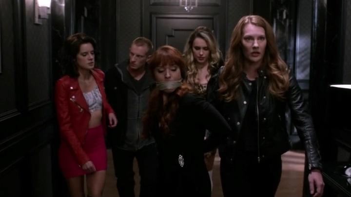 Эпизод 10.07 Girls, Girls, Girls