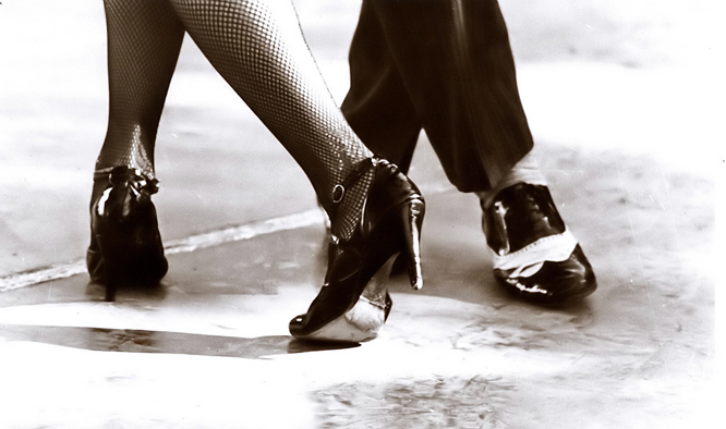 Tango__Foot_by_anthonyasael.jpg