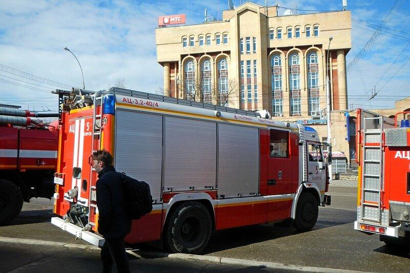 Пожарная автоцистерна АЦ 3,2-40/4 на базе шасси КАМАЗ 5387 - автопробег пожарной спецтехники МЧС 25 апреля 2014 г.