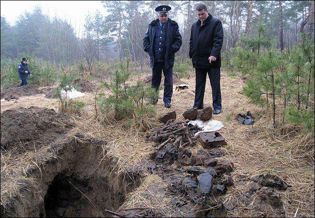 грабительские раскопки Беларусь.jpg