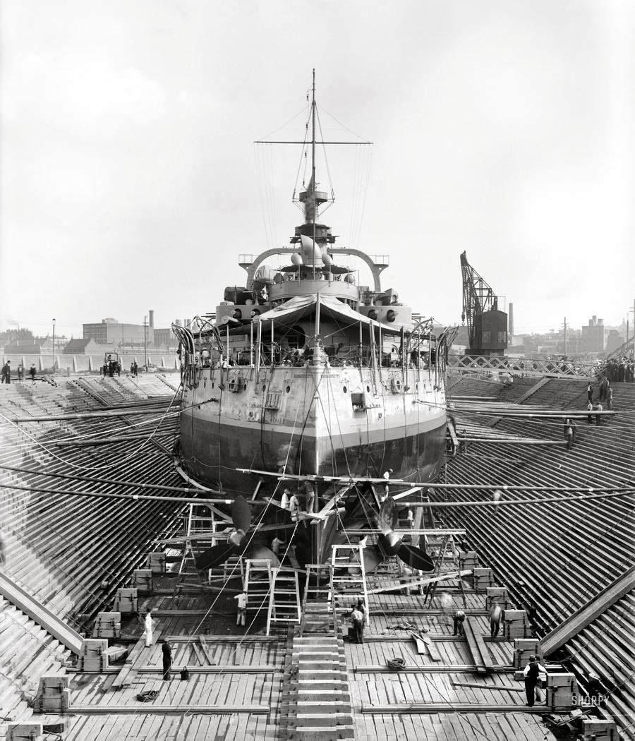 Корабли, речные суда и военные моряки на снимках американских фотографов конца 19 века (32)