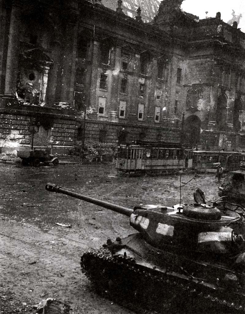Падение Берлина на фотографиях весны 1945 года (8)