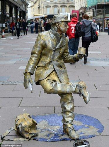 Как сделать из себя живую статую
