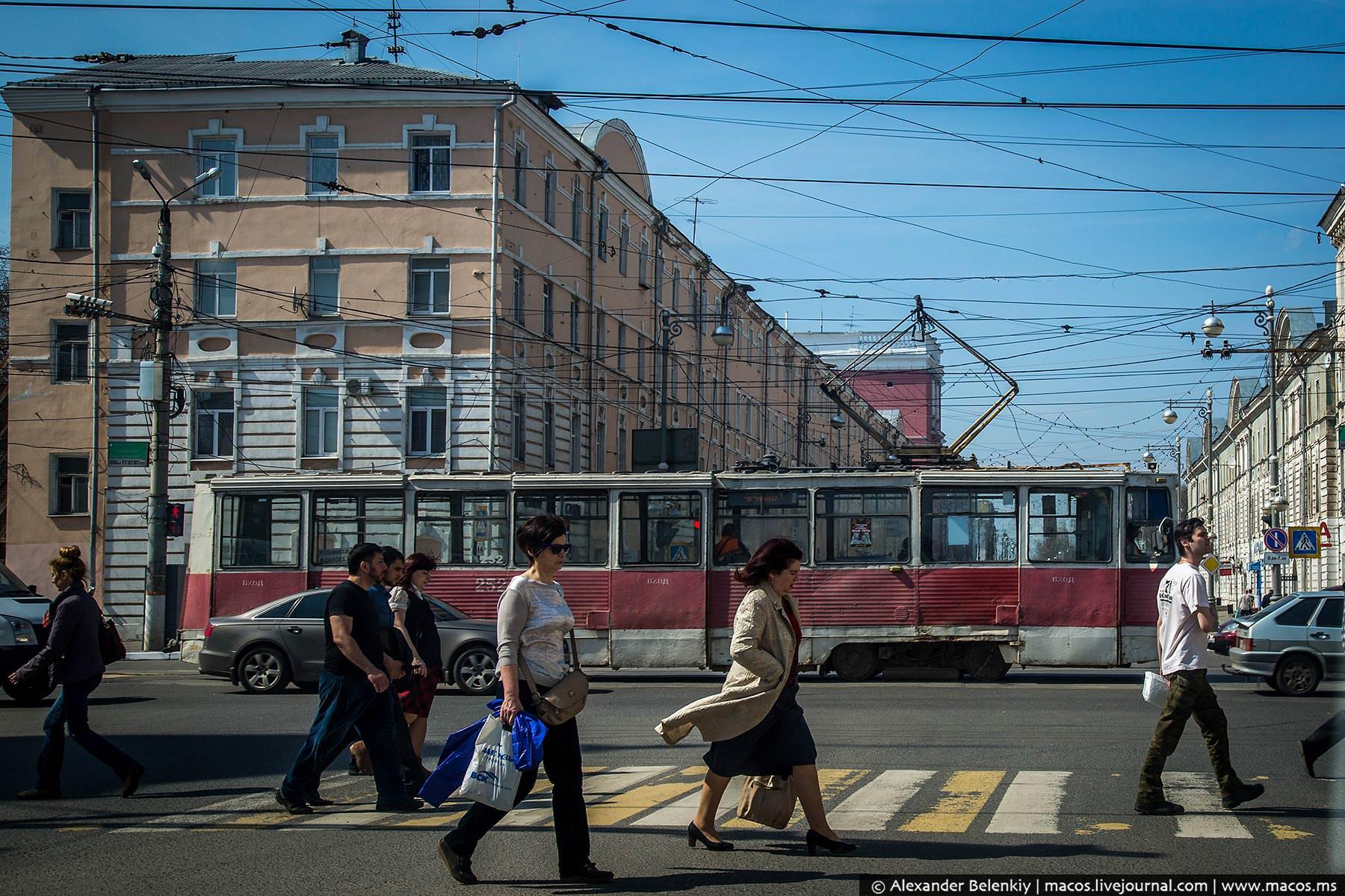 Как провода уродуют города