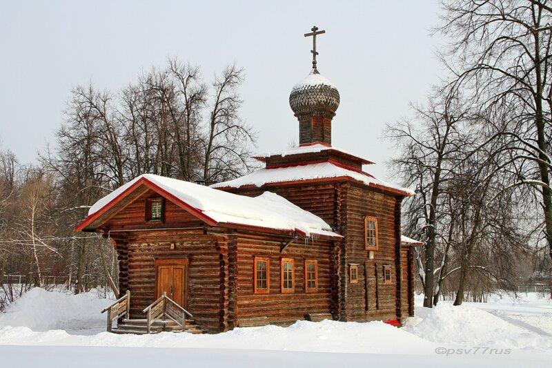 Храм Святых Новомучеников и Исповедников Российских.