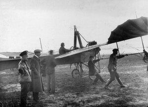 Аэроплан Этрих Таубе авиатора М.Г.Лерхе на старте перед полётом, (при перелёте занял третье место)