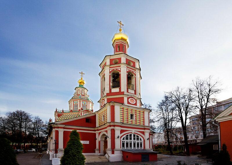 Москва. Церковь Иоанна Воина, что на Якиманке.