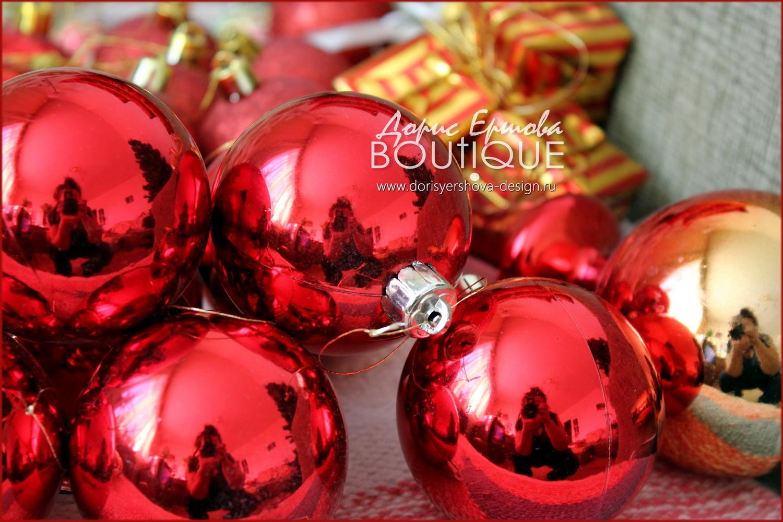 елка, новый год, Фото - © Дорис Ершова,рождественский сапожок, декор, шарики, праздник, красный, золотой