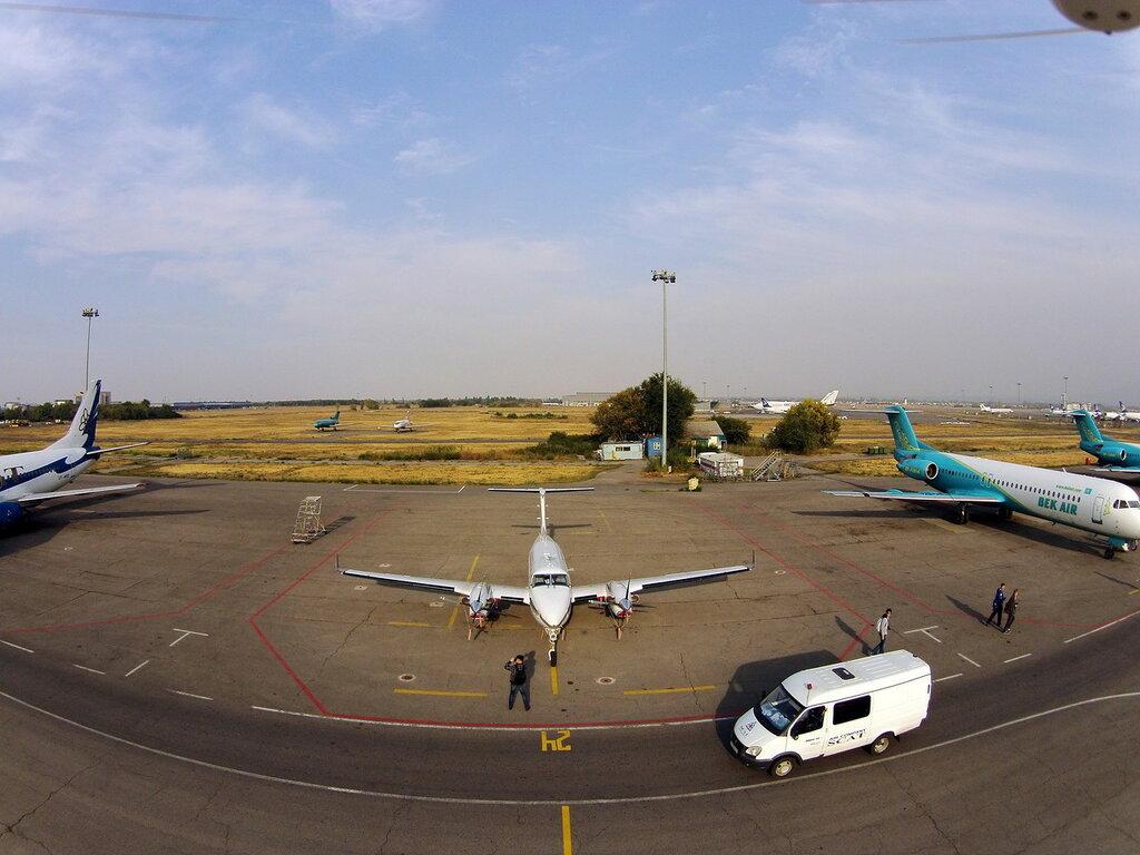 Fokker-100-6.jpg