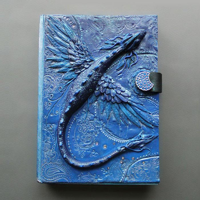 18. Синий дракон.