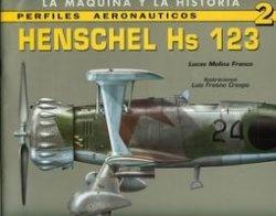 Книга Perfiles Aeronauticos 2: Henschel Hs 123 (La Maquina y la Historia)
