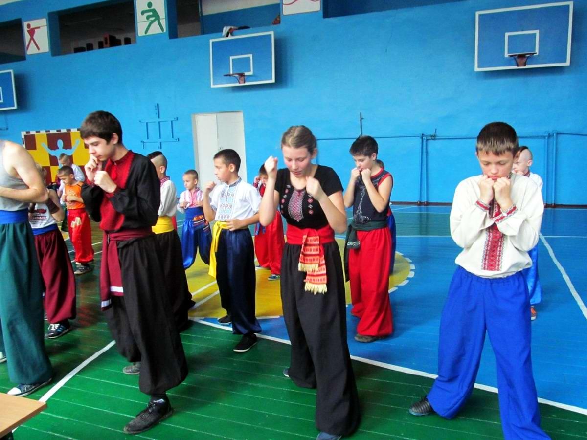 Квалификационный групповой экзамен в школе боевого гопака города Нетешин (Хмельницкая область) (06)