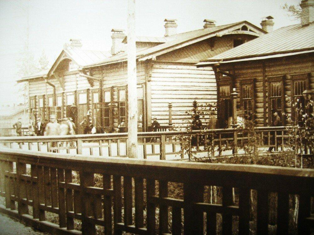 47. Станция Гондатти. Пассажирское здание