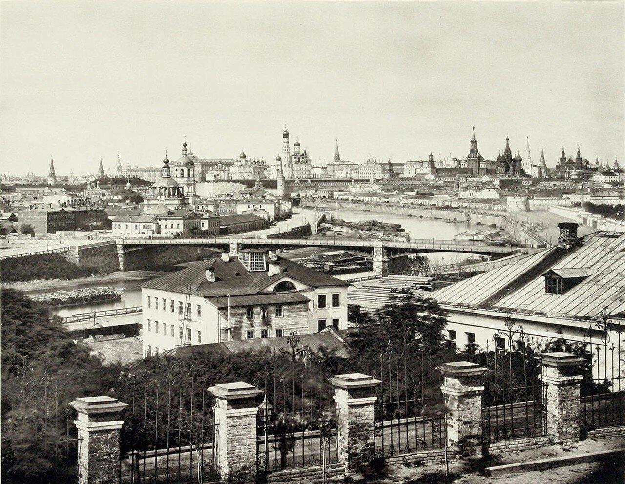 347. Вид Кремля и Устинского моста
