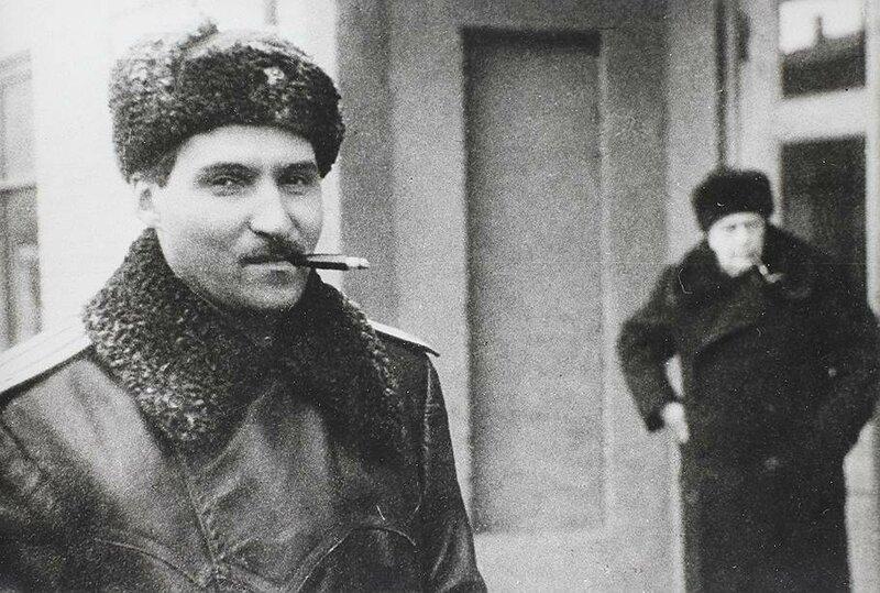 Константин Симонов, Алексей Толстой, зверства фашистов в Харькове