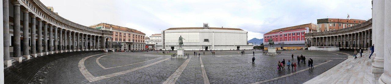 Неаполь. Площадь Плебисцито (Piazza del Plebiscito)