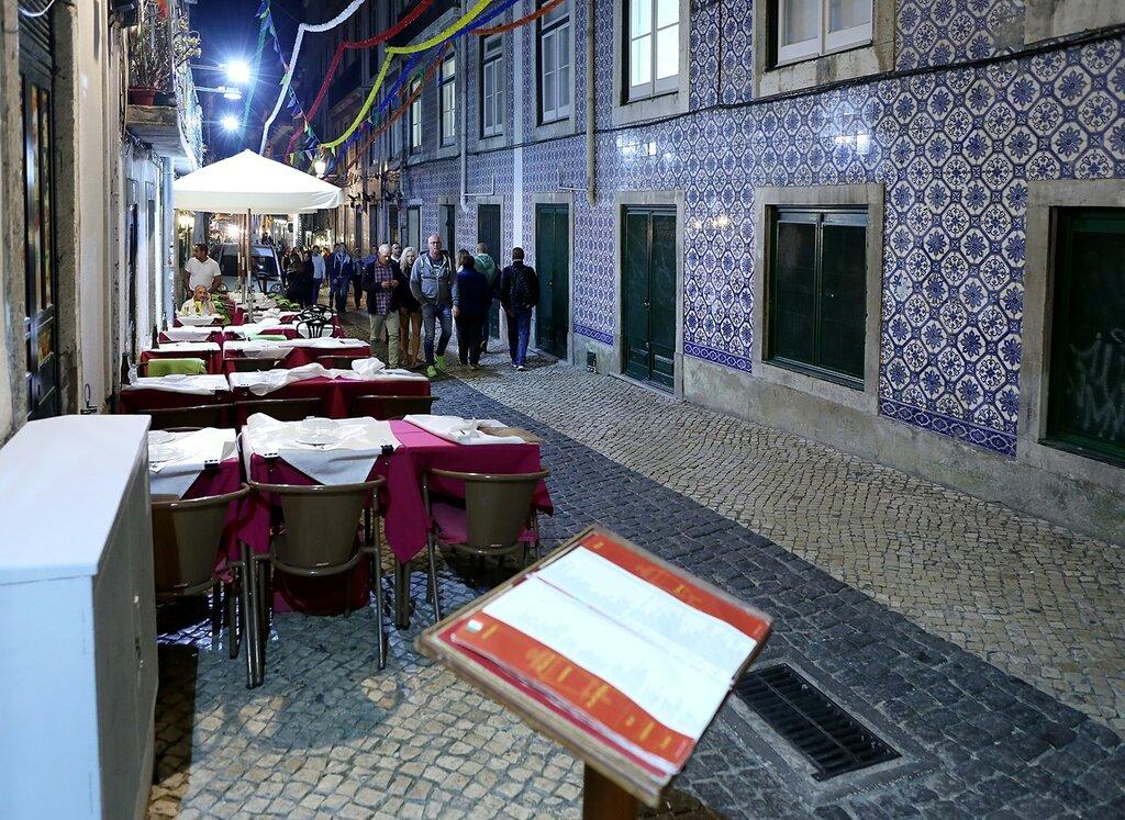 Night Lisbon.