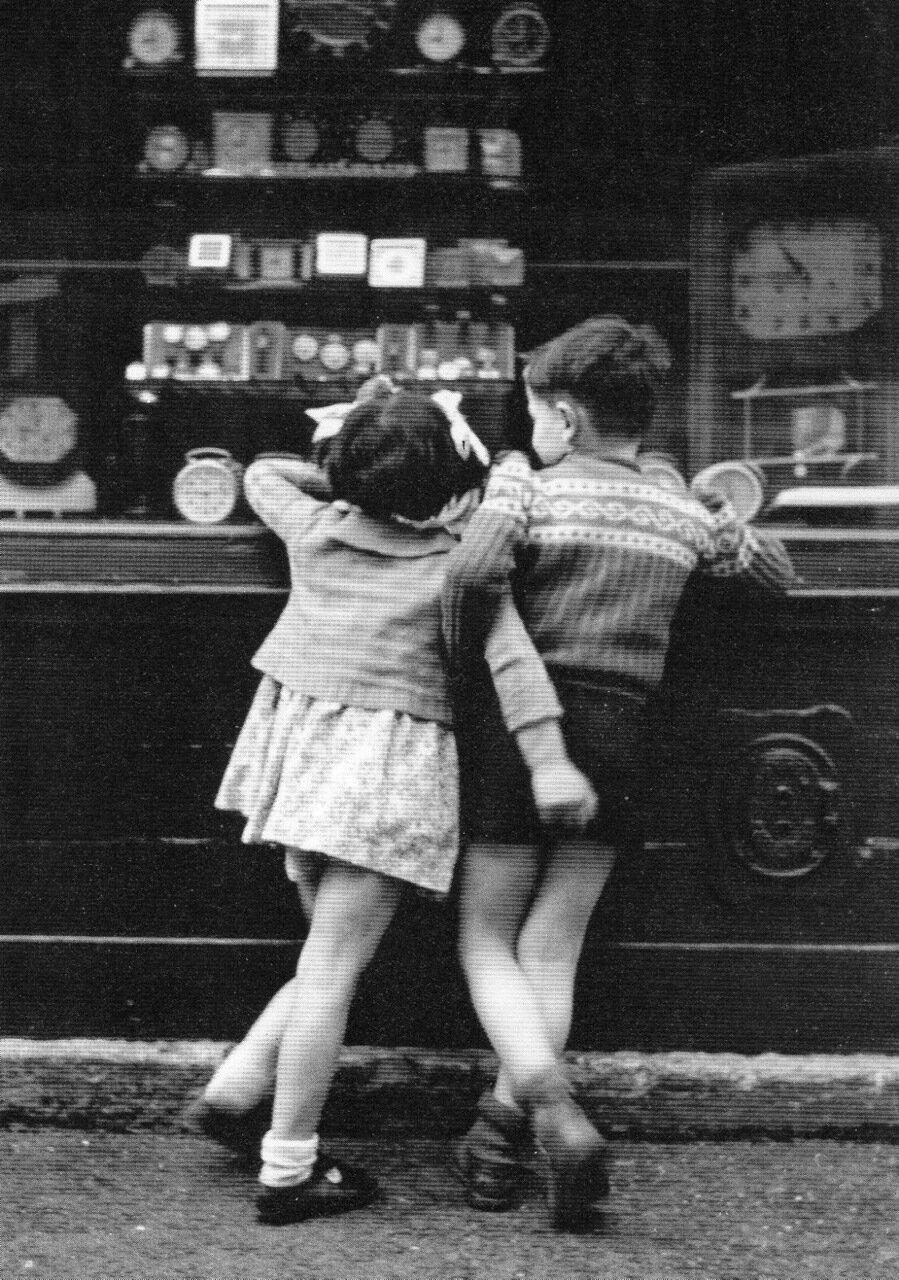 1948. Дети Монмартра