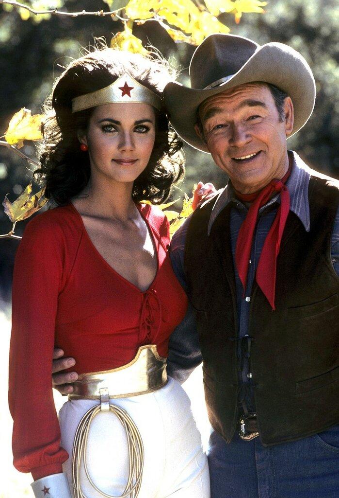 Lynda Carter and Roy Rogers in Wonder Woman0.jpg