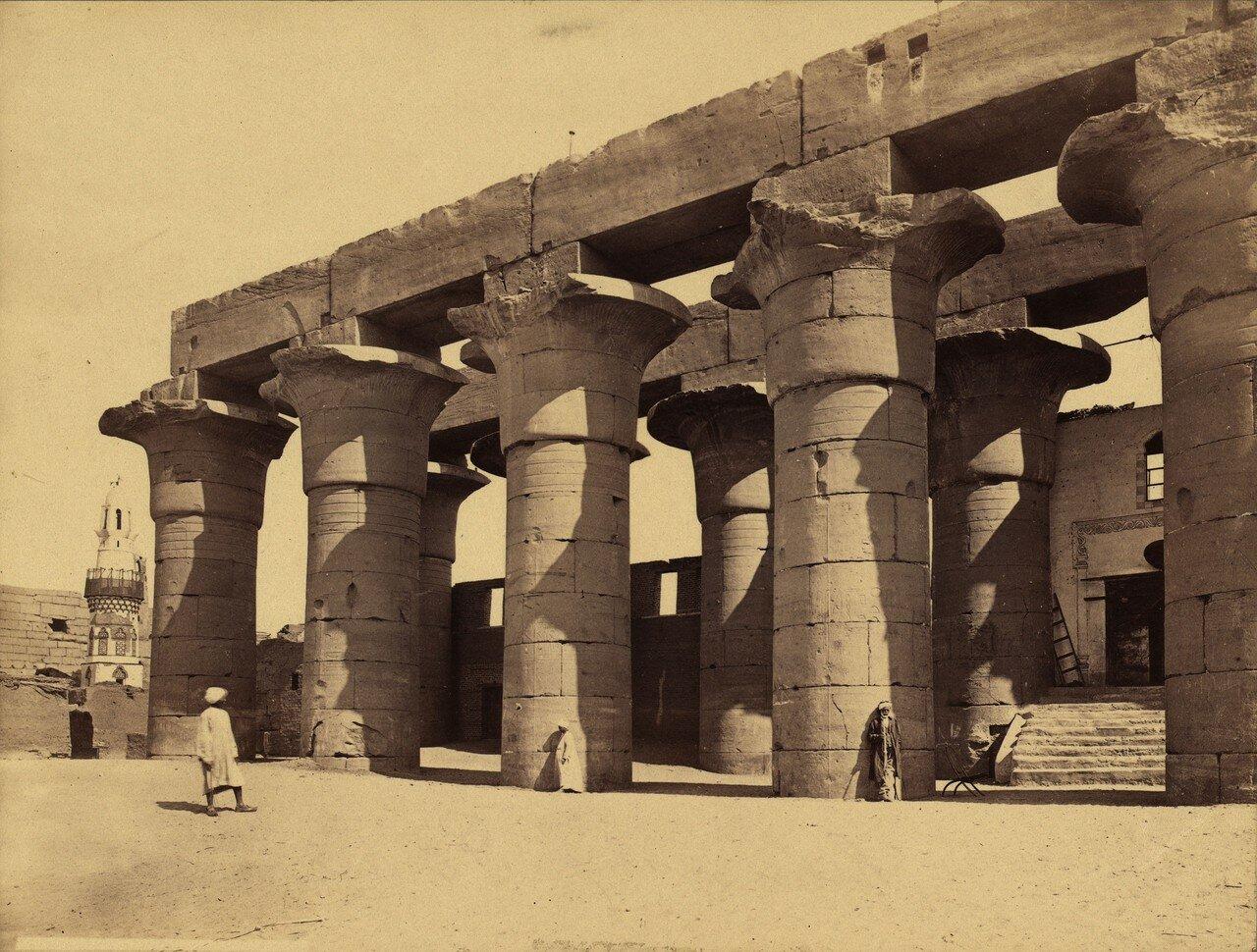 Луксор. Колонны портика.1856