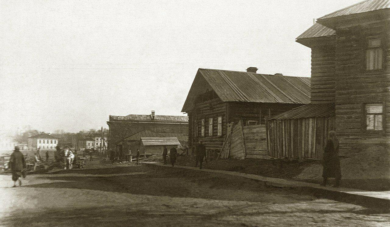 1930-е. Ул.Лермонтова.(вдоль Золотухи