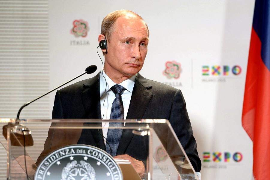 Путин в Италии.png