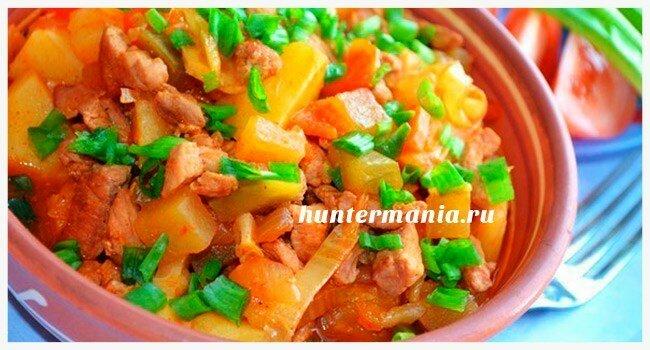 Свинина тушеная с овощами в мультиварке (рецепт)
