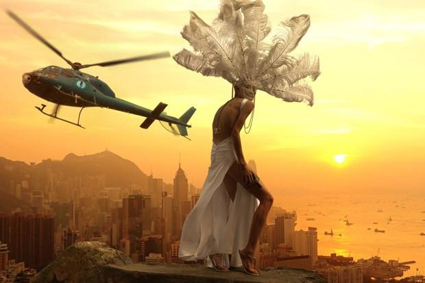 Lidiya-Vej-Lydia-Wei-v-reklamnoj-fotosessii-dlya-HATWOMAN-16-foto