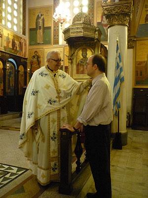 Отец Иоанн Ромас, настоятель разрушенного во время теракта Никольского храма