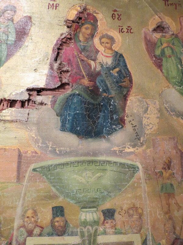 Чудом сохранившаяся икона Живоносный Источник