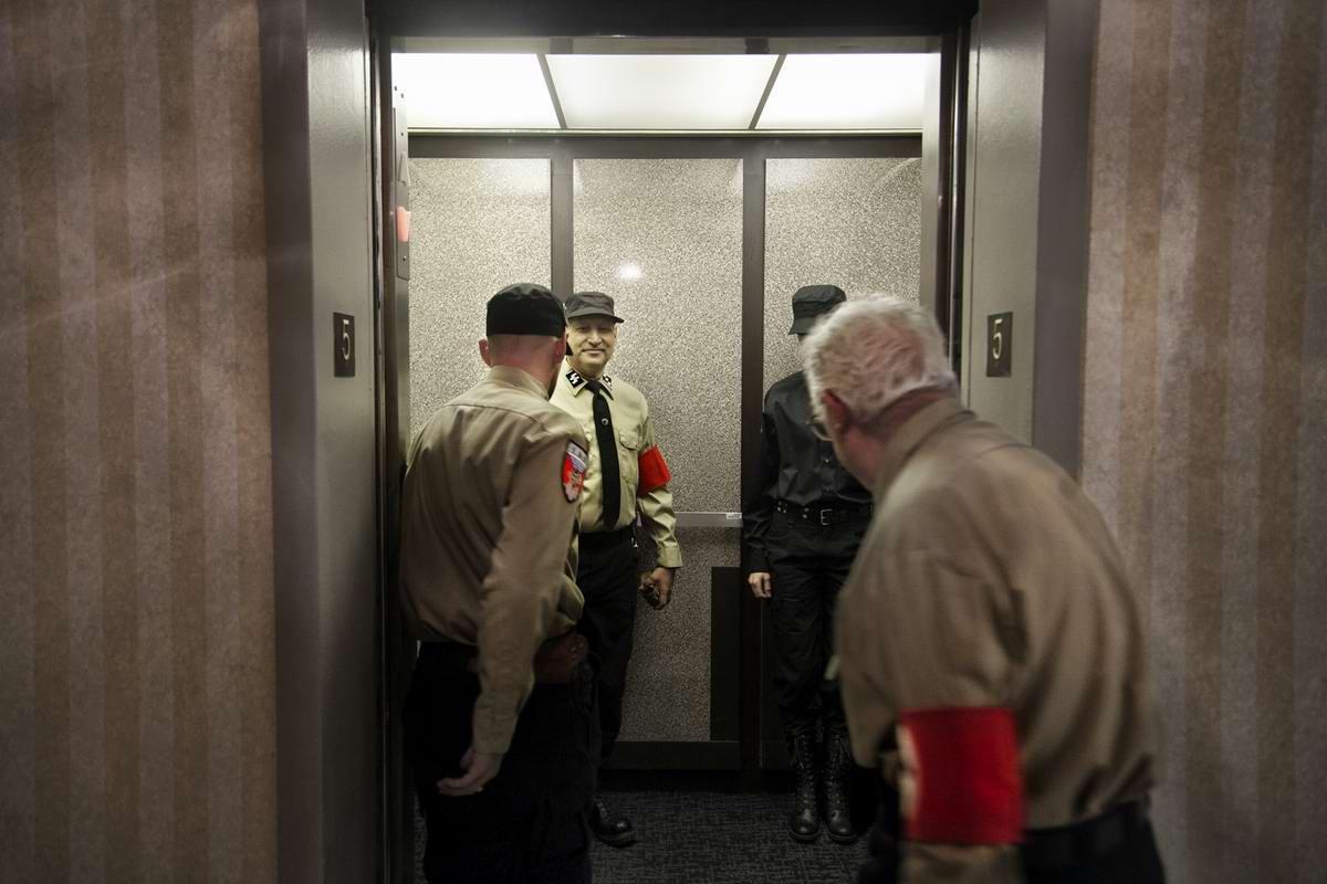 Американский фотограф Johnny Milano: Национал-социалистическое движение США в действии (8)