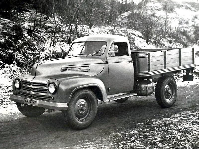 УАЗ 300 Опытный '11.1949 1.jpg