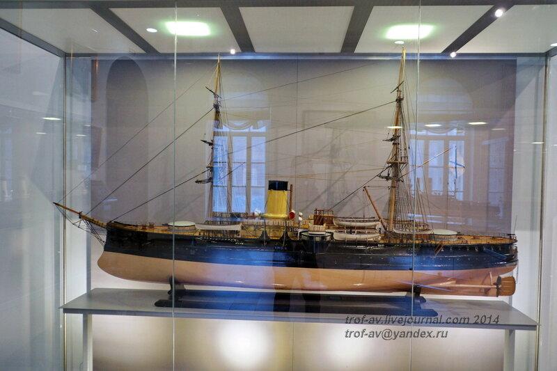 Модель броненосного крейсера Адмирал Нахимов, Центральный военно-морской музей, Санкт-Петербург