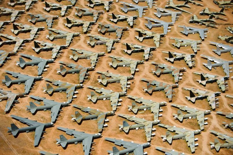 1. Б-52, «Кладбище костей», Тусон, Аризона, США. (Alex MacLean / Beetles+Huxley)