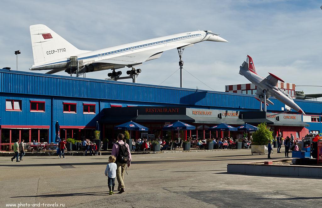 25. Советский самолет Ту-144 и чешский Aero L-39ZO Albatros