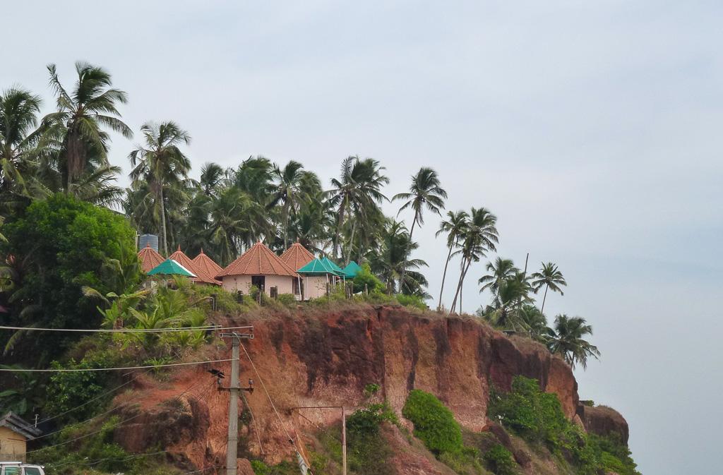 Фото 28. Поездки по Керале. Вид на Варкала (Varkala)
