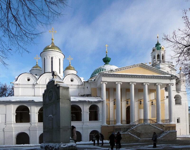 Спасо-Преображенский собор и церковь Ярославских Чудотворцев