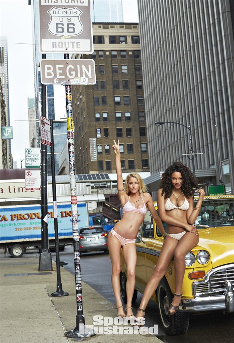 Эшли Смит и Ариэль Мередит в купальниках Sports Illustrated Swimsuit 2015 - Ashley Smith and Ariel Meredith by Ben Morris on U.S.Route 66