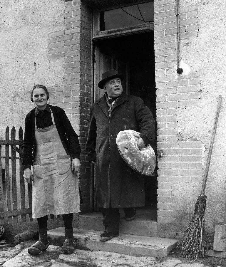 1958. Д-р Эдмонд, сельский врач в Крез