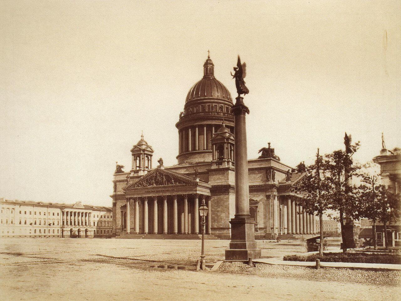 Исаакиевский собор. Вид со стороны Конногвардейского бульвара