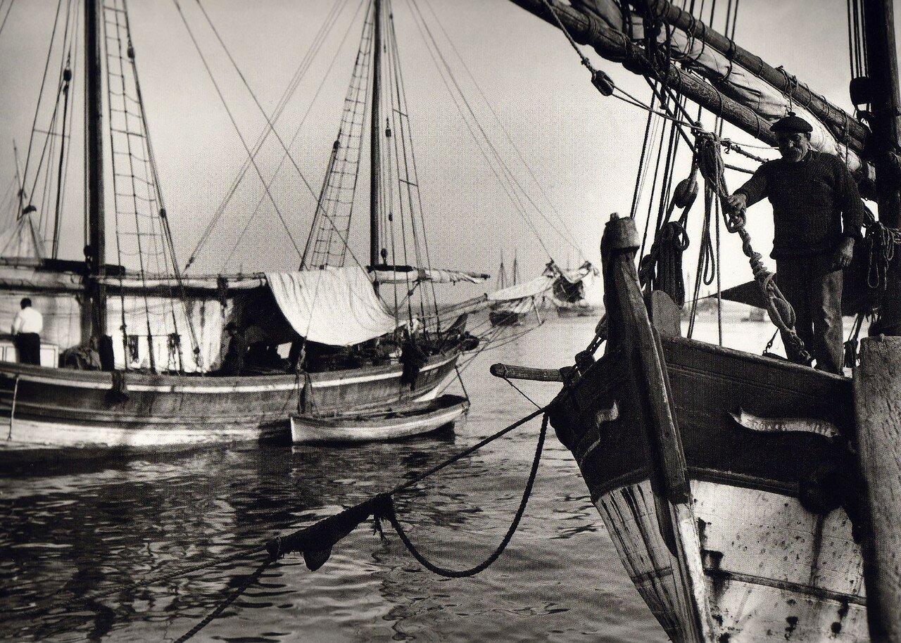 1911. Салоники