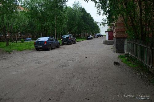 Фото города Инта №8090  Северо-западный угол Воркутинской 6 02.07.2015_17:16
