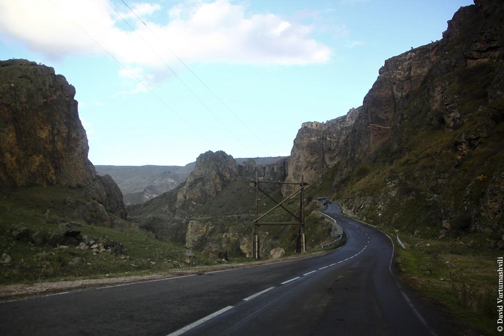 Грузия, по дороге в Вардзиа