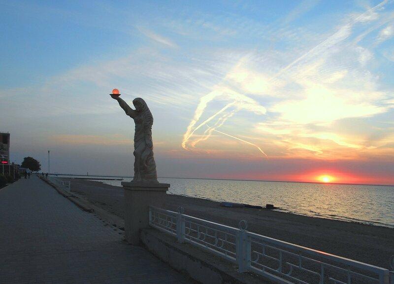 Октябрьский вечер на Азовском берегу ... DSCN1603.JPG